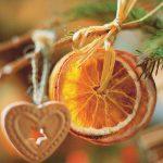 Новогодняя поделка из апельсина