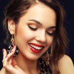 Фото - модный красный макияж на год Петуха 2017
