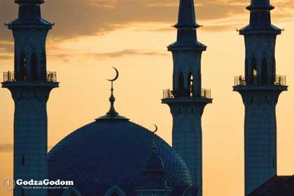 Праздничный утренний намаз в мечети