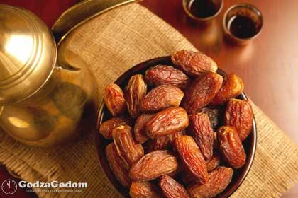 Финики - лучшая еда во время месяца Рамадан