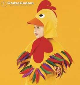 Ребенок в костюме Петуха