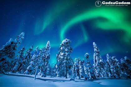 Северное сияние в Финляндии на новогодние праздники