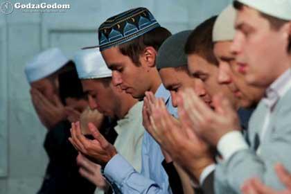 Праздничная молитва Ид-намаз в день Ураза Байрама