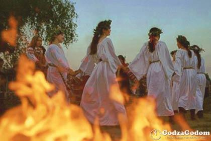 Купальские обычаи, обряды и традиции