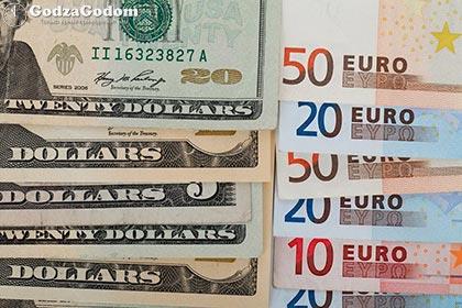 Каким будет курс доллара и евро в 2018 году в России