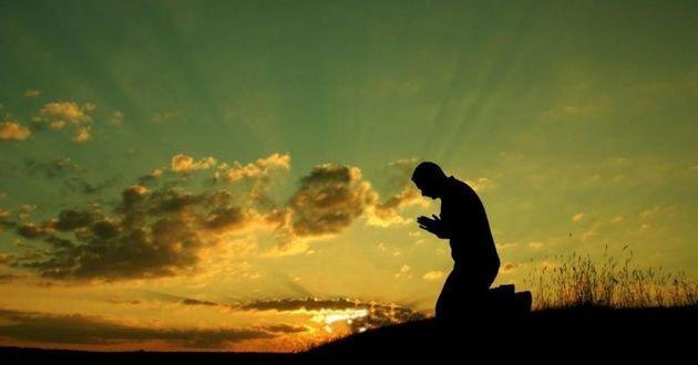 Сильные молитвы на деньги